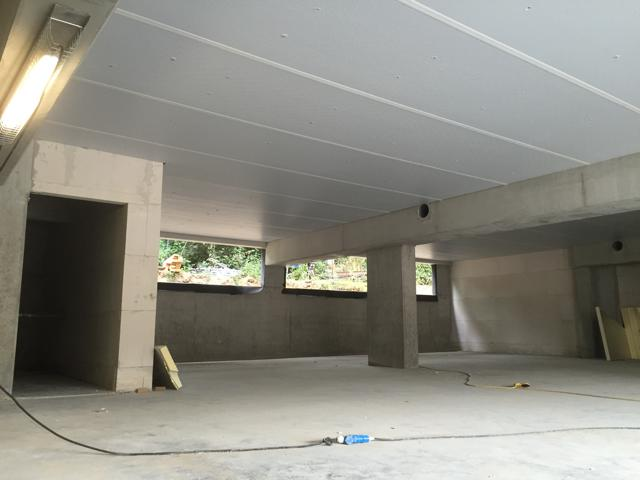 Isolteam isoleren van plafond en kelder met PUR-PIR Recticel Powerline