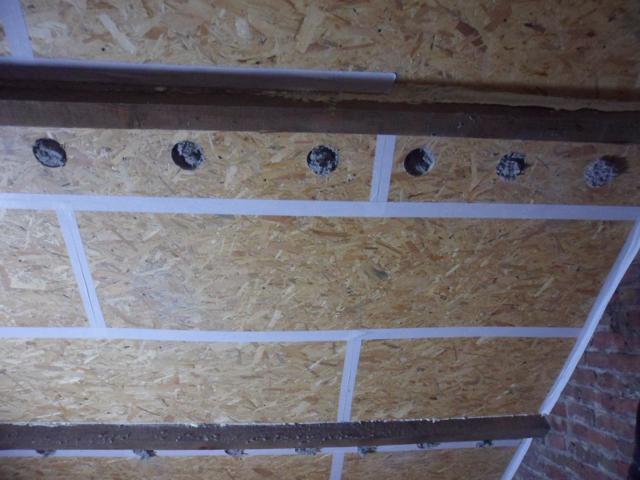 Isolteam inblazen van dak met cellulose