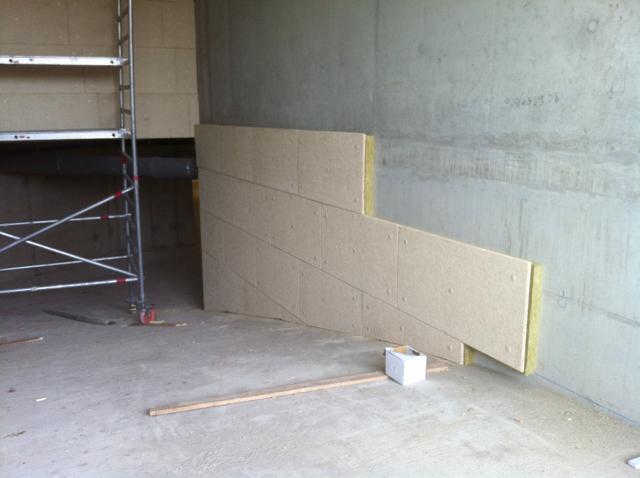 Isolteam isoleren van plafond, kelder en gevel met rotswol en houtwol