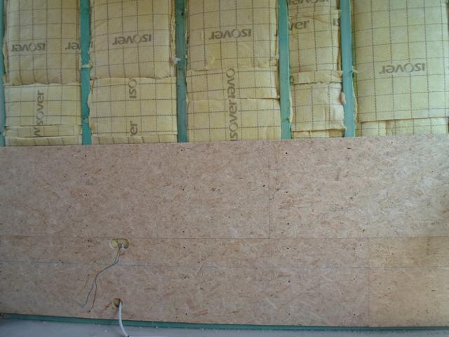 Isolteam isoleren van binnenmuur met glaswol en gipskarton