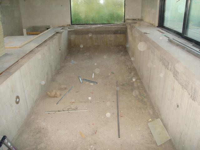 Isolteam isoleren van zwembad met PUR-PIR
