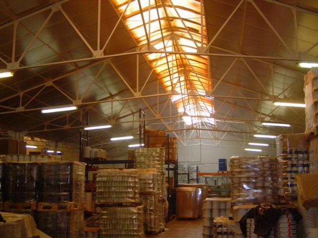 Isolteam isoleren van dak met Isover Shedisol