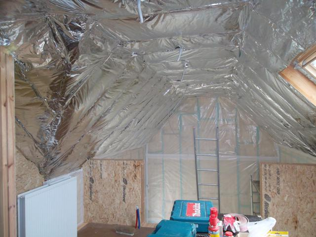 isolteam isoleren dak binnenmuur glaswol isover isoconfort dampscherm b1 rollisol plus