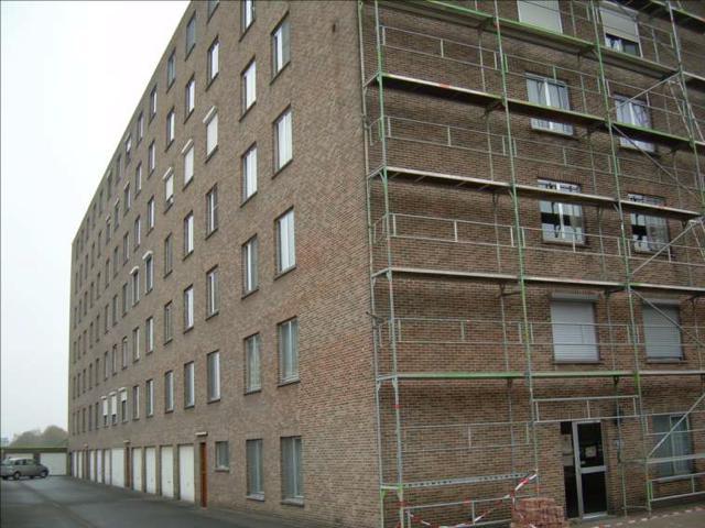 isolteam isoleren inblazen spouwmuur renovatie glaswol isover insulsafe wall