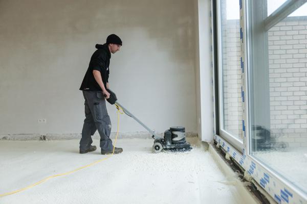 Isolteam: isoleren van vloer met gespoten PUR Isodirect