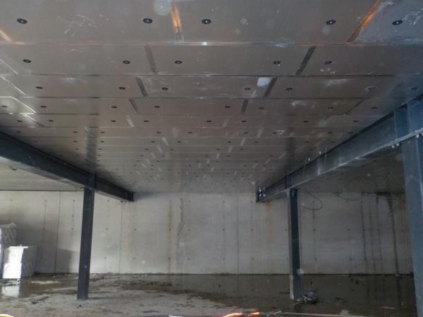 Isolteam: isoleren van plafond van kelder met PUR-PIR