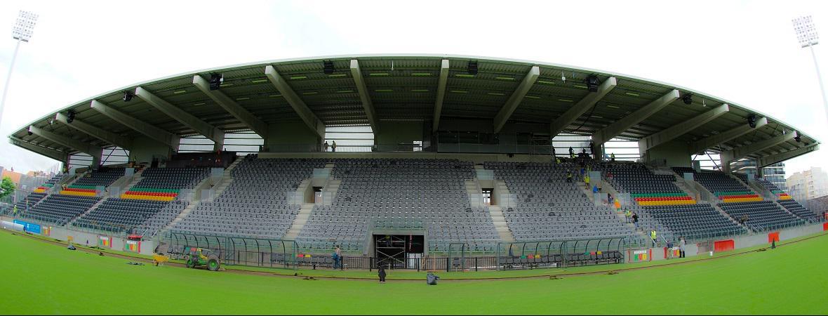Isolteam: Albertparkstadion isoleren in Oostende met PUR-PIR