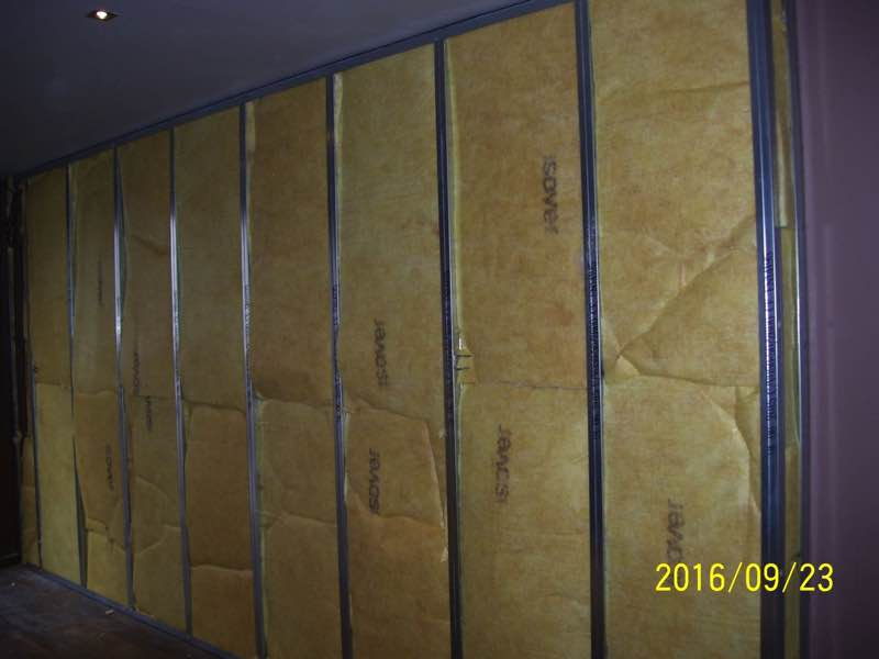 Binnenmuur akoestiek isoleren met minerale wol Isover sonepanel sounblock