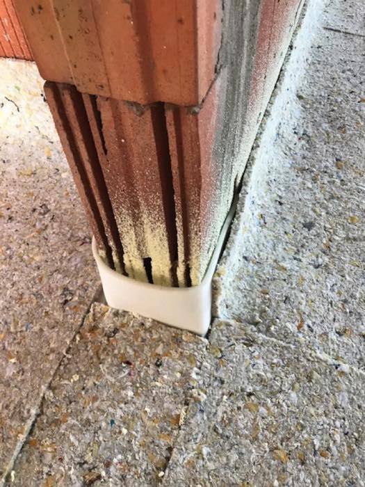 Akoestische isolatie tegen contactgeluid via een zwevende dekvloer