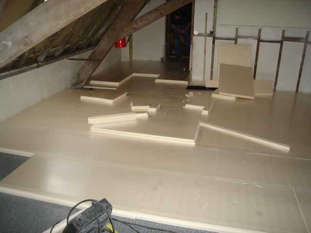 Isolteam isoleren van dak en zoldervloer met XPS