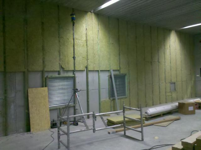 Isolteam isoleren van binnenmuur met rotsol en houtwol