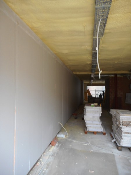 Plafondisolatie van een appartement met gespoten PUR door Isolteam